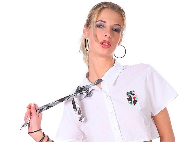 Virtual Girl Mia Hilton Set School babe
