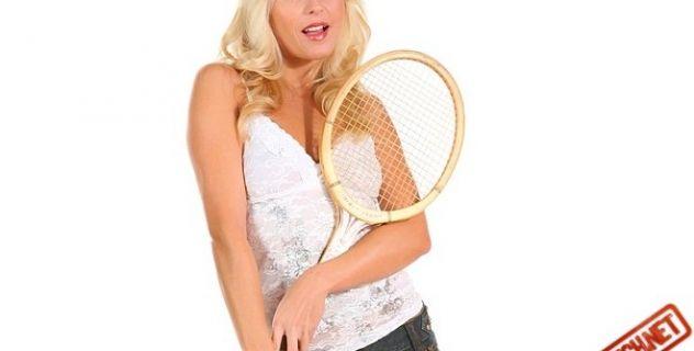 Jana Cova Porn Star, Sport